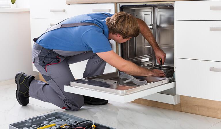 mosogatógép lefolyó dugulás